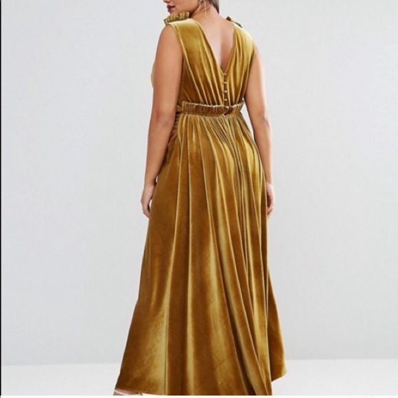ASOS Curve Dresses & Skirts - ISO ASOS CURVE YELLOW VELVET DRESS 22-24-26